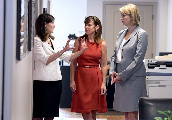 Jennifer Salvatore, Sarah Prescott, Hideaki Sano